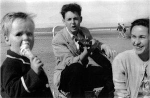 300px-Paul_1957_filey.jpg